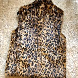 J. Crew Jackets & Coats - Jcrew Faux Leopard Vest XS Jacket J Crew Print Fur